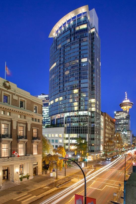 Auberge Vancouver Hotel Hotel Reviews Deals Vancouver