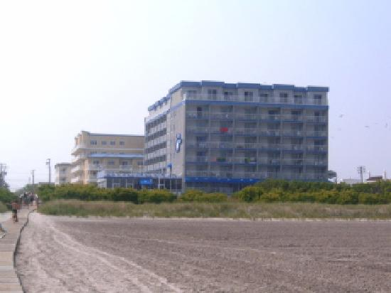 The Adventurer Inn From The Beach Picture Of Adventurer
