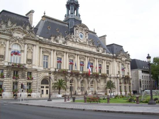 Hotel de Ville (TOURS) = Ayuntamiento: fotografía de Tours, Indre ...