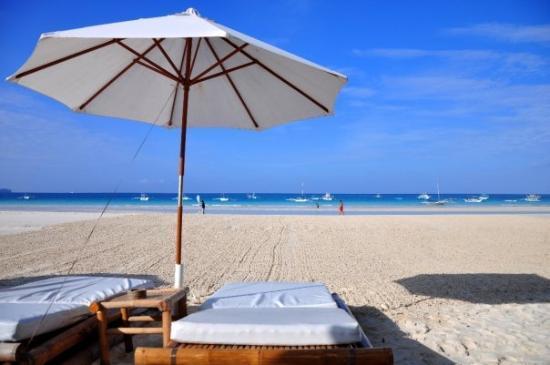 Pictures of Friday's Boracay, Boracay