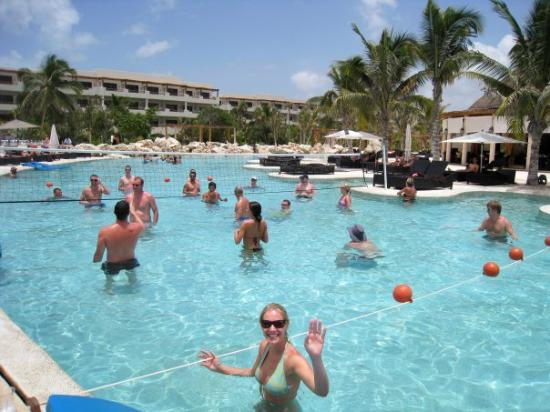 Playing Pool Volleyball Picture Of Secrets Maroma Beach