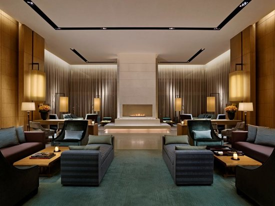Sky Lounge on L49 (22799959)