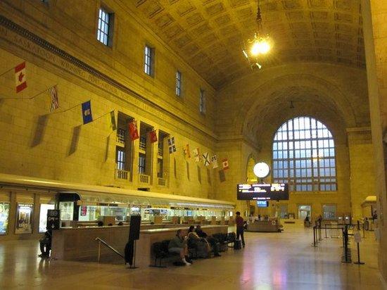 Restaurants Close Union Station Toronto