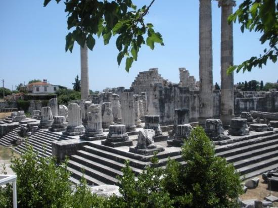 Kusadasi, Turquia: temple of apollo