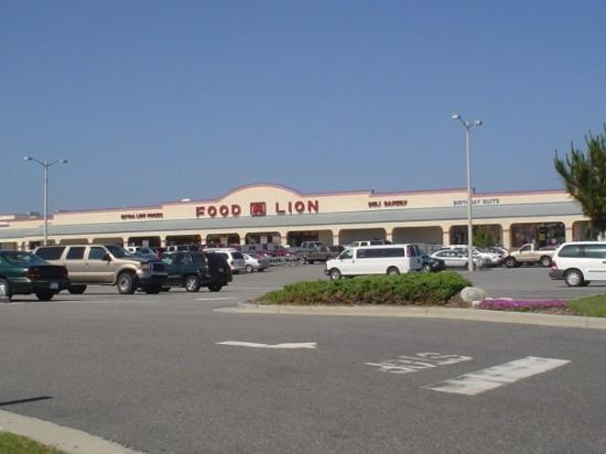24h Food Lion!!!! - Picture of Corolla, Outer Banks ...
