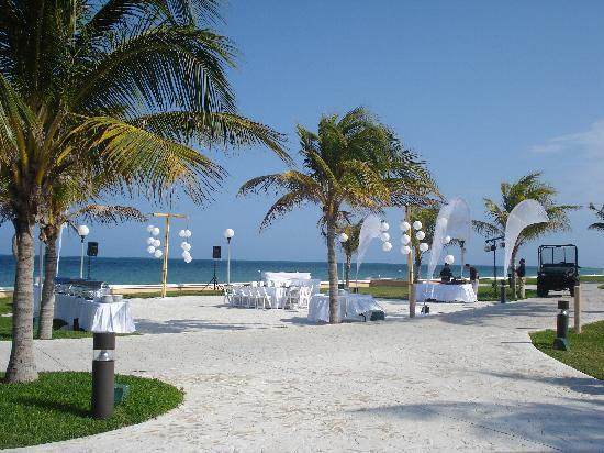Excellence Honeymoon Package