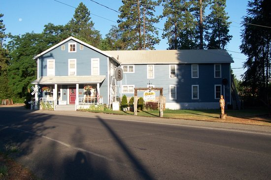 Iron Horse Inn Bed And Breakfast