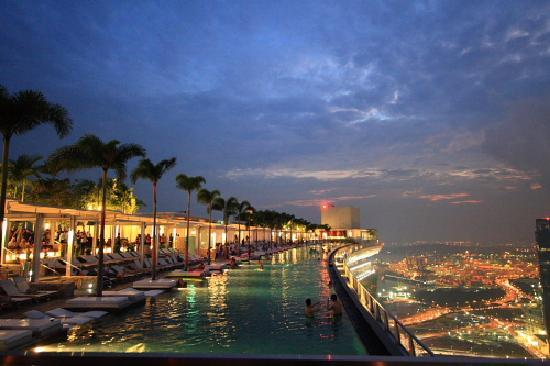 SkyPark view at dusk - Picture of Marina Bay Sands Casino ...