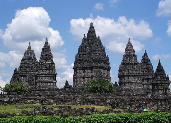 Candi Prambanan: Breathtaking