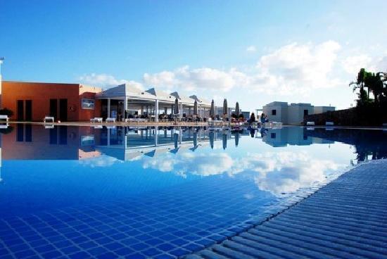 The venue is located along sandy beach, about 1 km. Primasud Apartments (Menorca/Punta Prima): opiniones ...