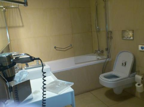 Washroom   Picture of Address Dubai Marina  Dubai   TripAdvisor Address Dubai Marina  Washroom