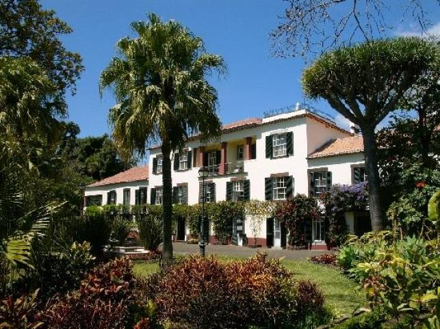 Manor House of Quinta Jardins do Lago (36824431)