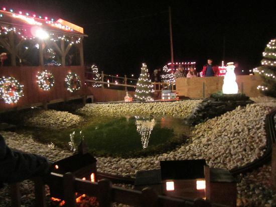 Koziar's Christmas Village Bernville Pa 19506 – Merry Christmas And ...