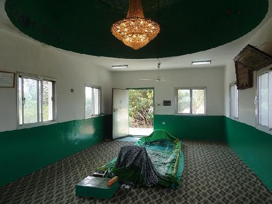 Photos of Nabi Ayoub's Tomb, Salalah