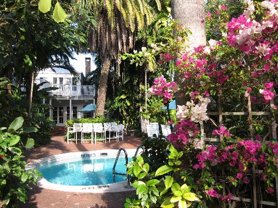 Key West Hotel Doubles As Inspiring Botanical Garden George Clooney Slept Here