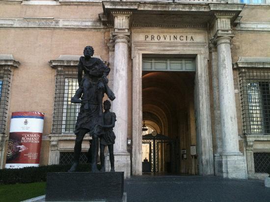 Entrance Picture Of Le Domus Romane Di Palazzo Valentini
