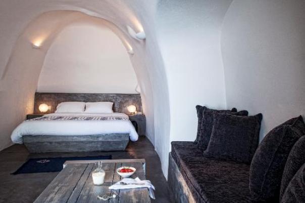 Suite Interior (41730150)