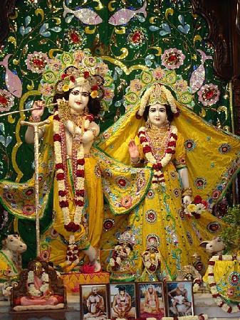 「ISKCON Hyderabad Sri Sri Radha Madanmohan Mandir」の画像検索結果