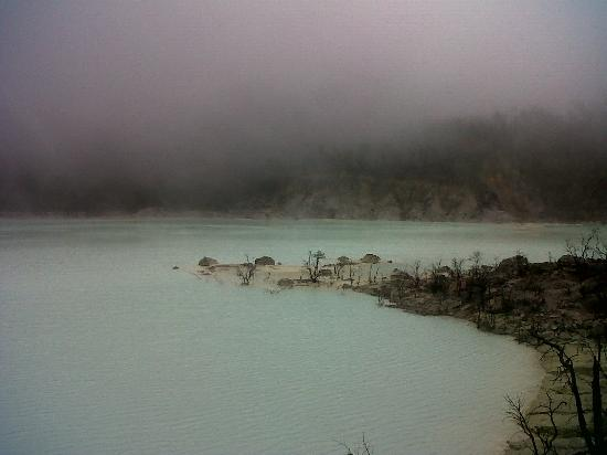 Kawah Putih: The mist around the crater