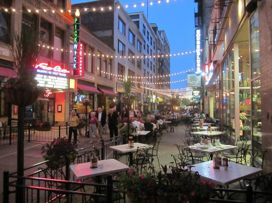 Restaurants Downtown 4th Street