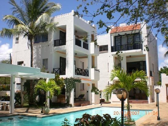 Wayside Beach Apartment Hotel Villa Reviews Diani