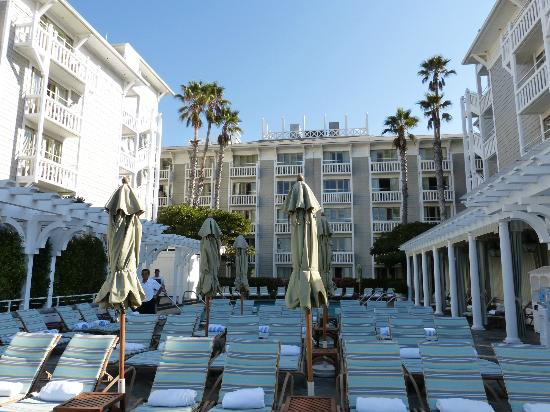 Guests stay motivated to exercise with its complimentary fitness center. Part Of The Pool Area Picture Of Shutters On The Beach Santa Monica Tripadvisor
