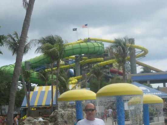 West Beach Park Water Rapids Palm