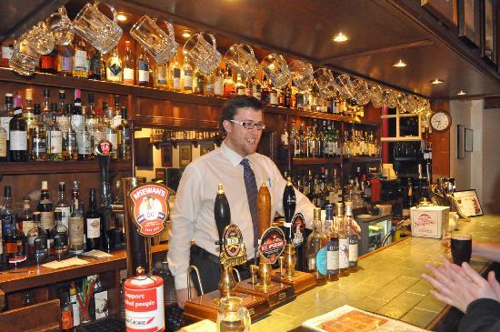 Pictures of Highlander Inn - Inn Photos