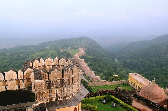 Image result for kumbhalgarh fort wall