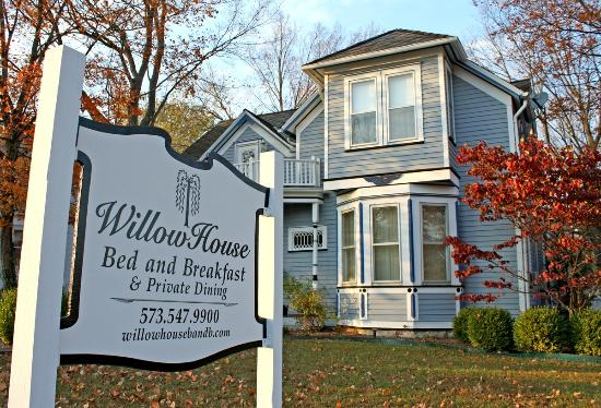 WILLOW HOUSE BED AND BREAKFAST - Prices & B&B Reviews ...