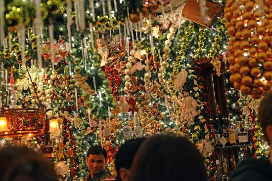 Rolfs Nyc Christmas Decorations