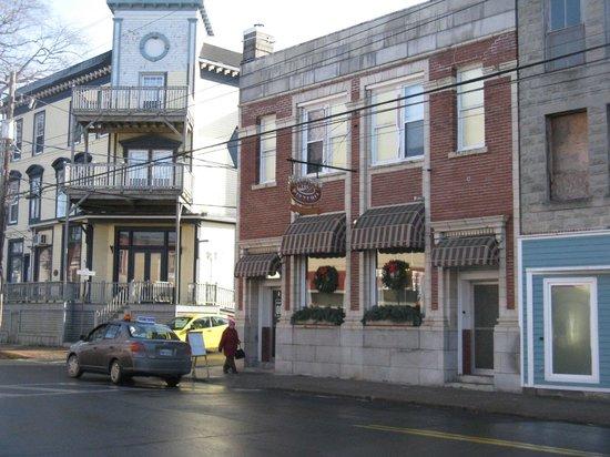 Liverpool Pizzeria,155 Main St.,Liverpool Nova Scotia ...