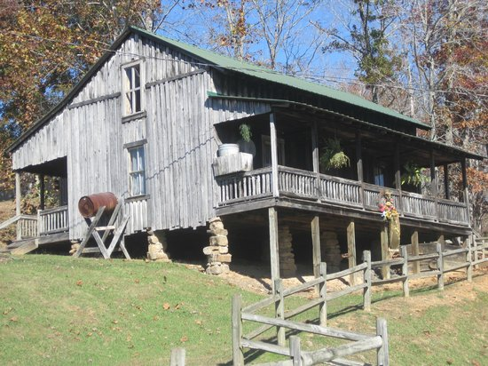 Replica Of Butcher Holler Home Picture Of Loretta Lynns