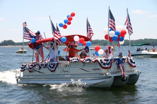 5th of July Boat Parade