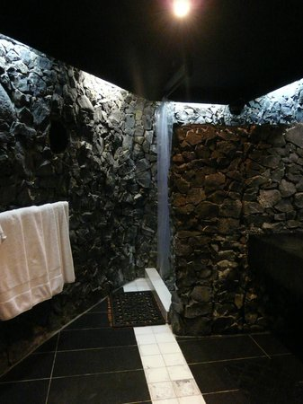 volcanic rock bathroom - picture of stevenson's at manase, manase
