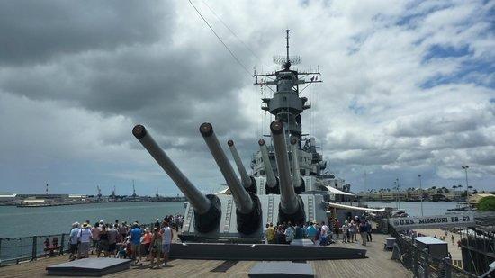 crew quarters - Picture of Battleship Missouri Memorial ...