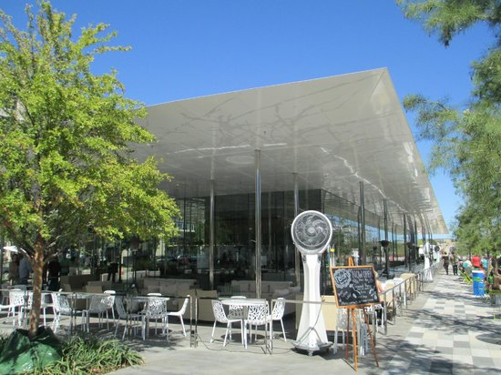 Savor Restaurant Klyde Warren Park S Main