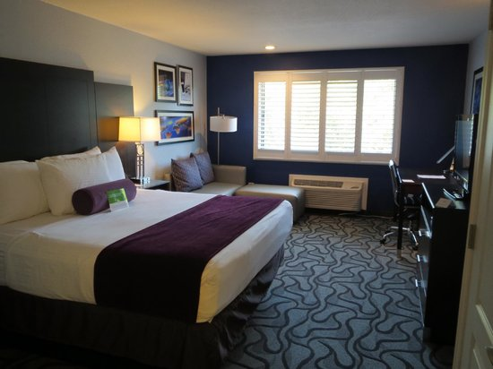 Room With King Size Bed Picture Of La Quinta Inn