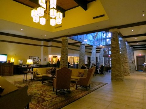 Interior of Chalet  403   Picture of Lake Guntersville State Park     Lake Guntersville State Park Lodge  lobby area of lodge