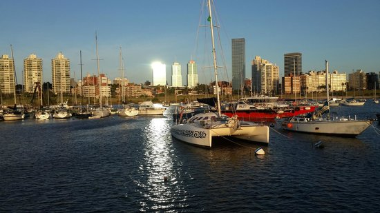 Rambla of Montevideo - Montevideo Quality of life tops Buenos Aires