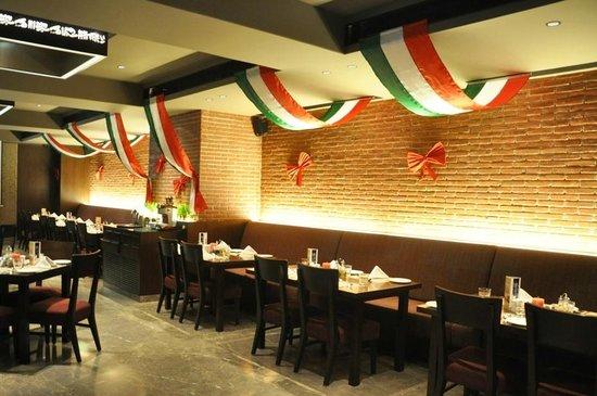 Italian restaurant decor ideas for Italian restaurants decorating ideas