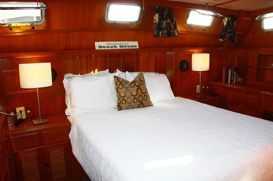 Dockside Boat And Bed Ranita Master Bedroom