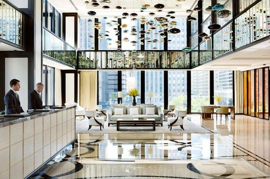 Hotel Lobby - 2nd Floor (90367355)