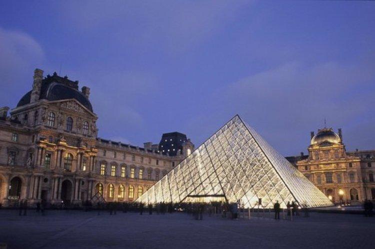 Risultati immagini per Louvre