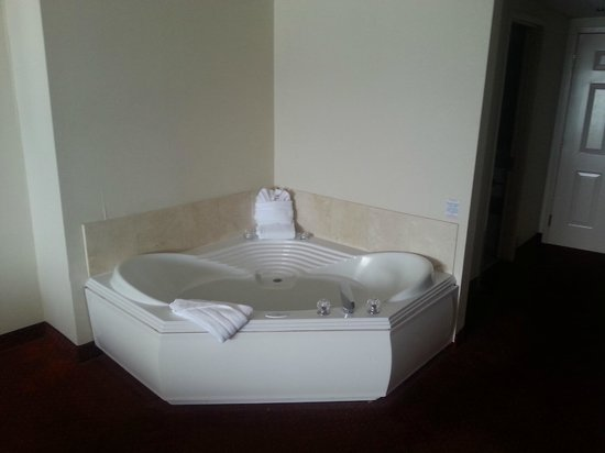 Jacuzzi Tub Is A Nice Amenity Picture Of Grand Hotel