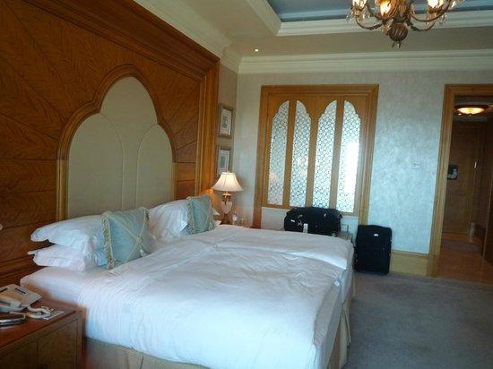 Emirates Palace The Extra Large King Size Beds