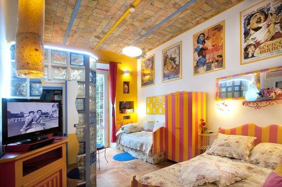Cafe Couette Au Colisee BampB Rome Italie Voir Les