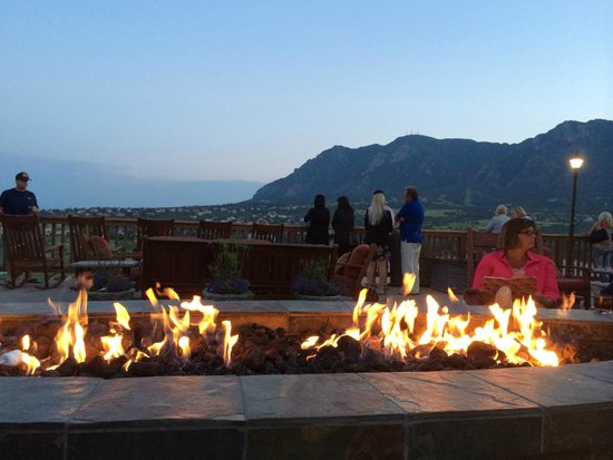 Resort Pool - Picture of Cheyenne Mountain Resort ...