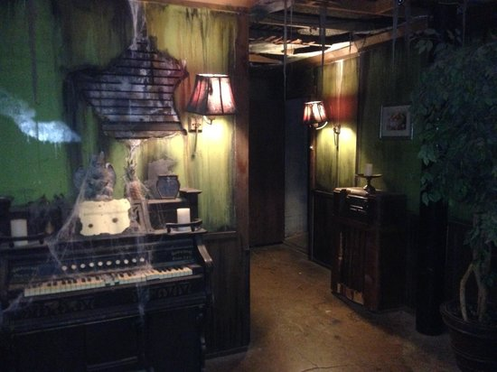 Great Room Escape San Antonio TX Hours Address