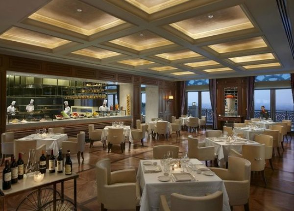 LE CIRQUE, New Delhi - Restaurant Reviews, Phone Number & Photos -  Tripadvisor